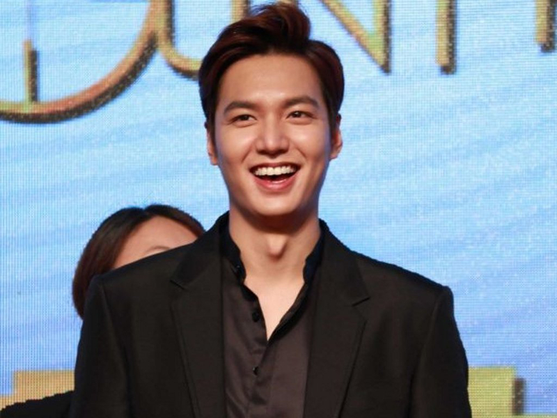 Lee Min Ho at the press conference for 'Bounty Hunters'. — Picture by DramaFever/Cinema Online