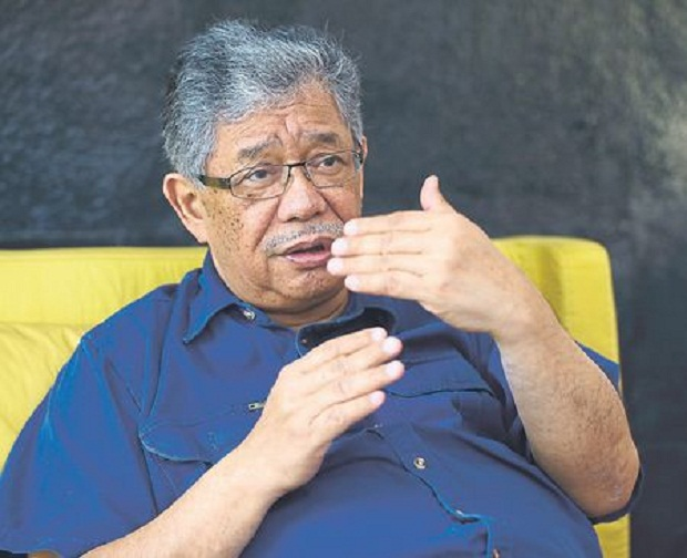 In recent interviews with news portals The Malaysian Insider and The Star Online, Tawfik Ismail (pic) said G25 had met Tun Dr Mahathir Mohamad and Tan Sri Muhyiddin Yassin separately, during which the topic of replacing Prime Minister Datuk Seri Najib Razak was reportedly broached. — Picture by Ahmad Zamzahuri