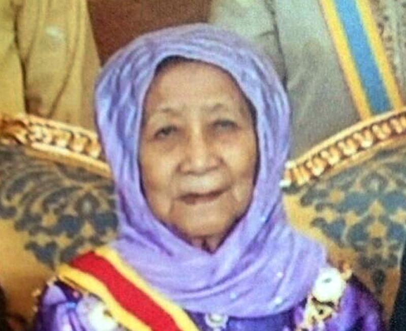 The late Tunku Hamidah Almarhum Sultan Badlishah, 90, died of old age at Sultanah Bahiyah Hospital at 11.50am yesterday. — File pic