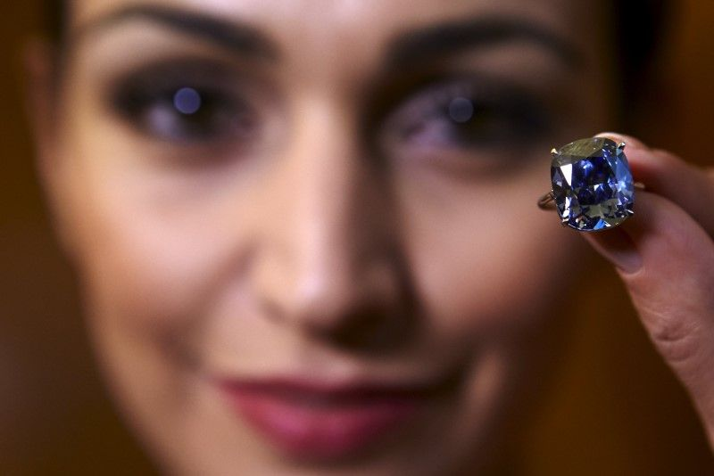 The biggest stumbling block to buying jewellery for someone else often comes from simple oversight — buying a piece, such as a ring or bracelet, that doesn't fit the personality of the receiver.