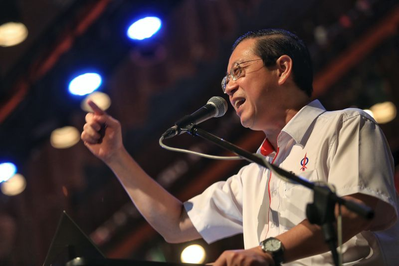 Penang Chief Minister Lim Guan Eng says the state government has estimated its 2016 revenue to rise again for the seven straight years, to about RM687.4 million or RM30.47 million more than last year. ― File pic