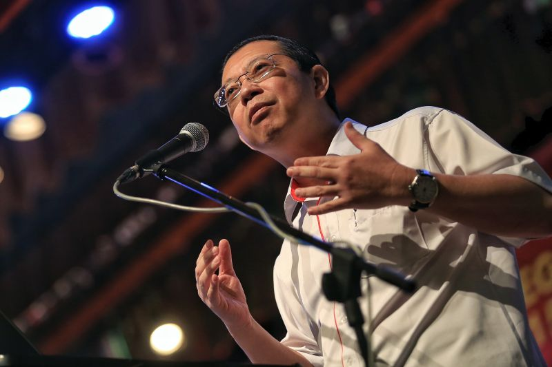 DAP's Lim Guan Eng has accused BN of hypocrisy in protesting against a proposed land reclamation project, saying the coalition had approved similar work when it was it power. ― File pic