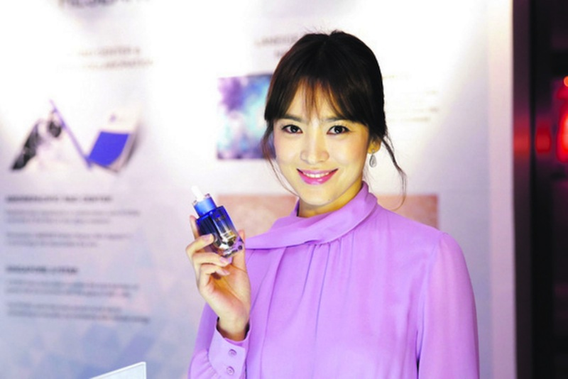 Song Hye Kyo in Singapore to celebrate the global launch of Laneige Perfect Renew. — TODAY pic