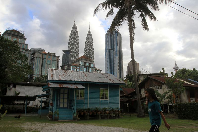 A Malay traditional house is pictured in Kampung Baru, Kuala Lumpur December 29, 2015. ― Picture by Yusof Mat Isa