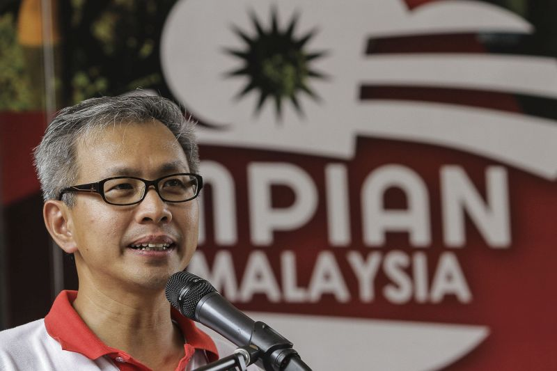DAP's Tony Pua hits out at the Election Commission's creation of a 'monster Damansara seat.' — Picture by Yusof Mat Isa