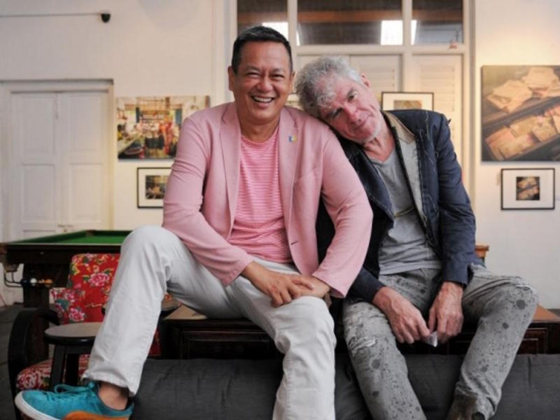 The film's director Saw Teong Hin with acclaimed cinematographer Christopher Doyle. — Picture by KE Ooi
