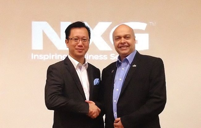 NXG Group COO Francis Chung (left) and MDeC VP global business services Michael Warren. — Pictures courtesy of Digital News Asia