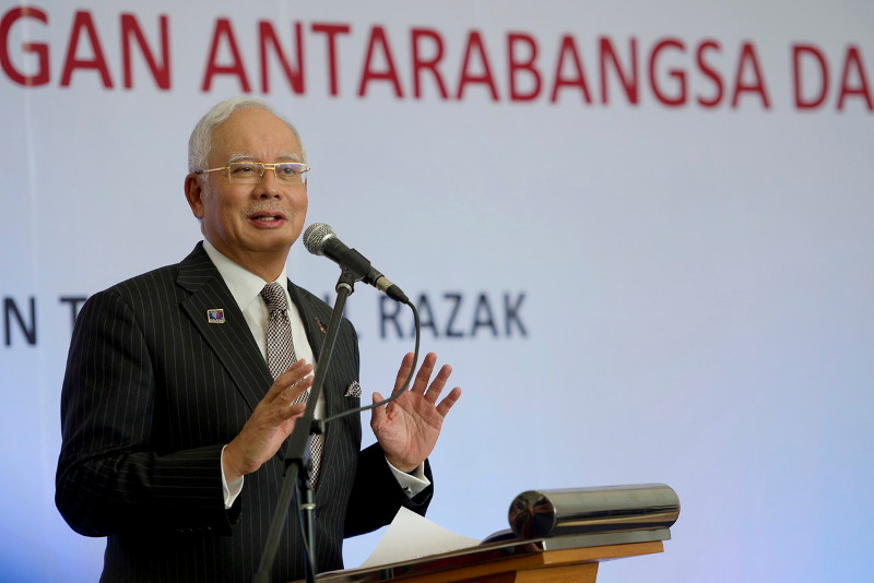 Datuk Seri Najib Razak says Barisan Nasional is 'expected' to secure a victory and that the win is crucial to boost confidence for the 14th general election in two years. — Bernama pic
