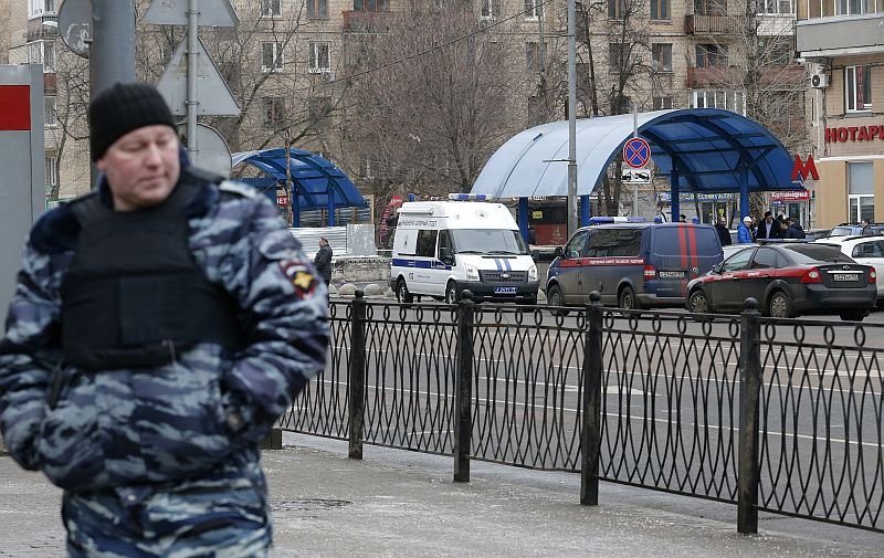 Russia yesterday remanded in custody two men suspected of planning an attack in Saint Petersburg during New Year's festivities. — Reuters pic