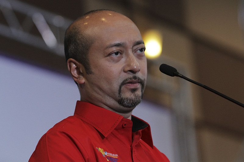 Kedah mentri besar Datuk Sri Mukhriz Mahathir said Kedah government is looking for ways to balance agricultural land and development to ensure food security as its role as the rice bowl of Malaysia while also ensuring the needs of its growing population is met. — Picture by Yusof Mat Isa
