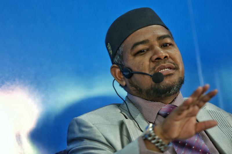 莫哈末凯鲁丁说,马哈迪应该对付那些公开支持董教总办大会的希盟领袖包括林吉祥。-Saw Siow Feng摄-