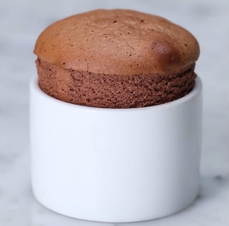 This clip by YouTube channel Tasty will show you how to make a delicious Nutella soufflé.