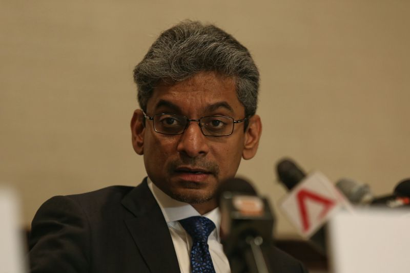 Malaysian Bar president Steven Thiru said the proposed amendments include having the minister in charge of legal affairs appoint two members of the Bar Council, the decision-making body of the Malaysian Bar, to represent the government. — Picture by Saw Siow Feng