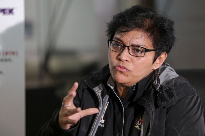 Datuk Seri Azalina Othman informed the withdrawal of the Law Reform (Marriage and Divorce) (Amendment) Bill 2016 in the Dewan Rakyat this morning. ― Picture by Choo Choy May
