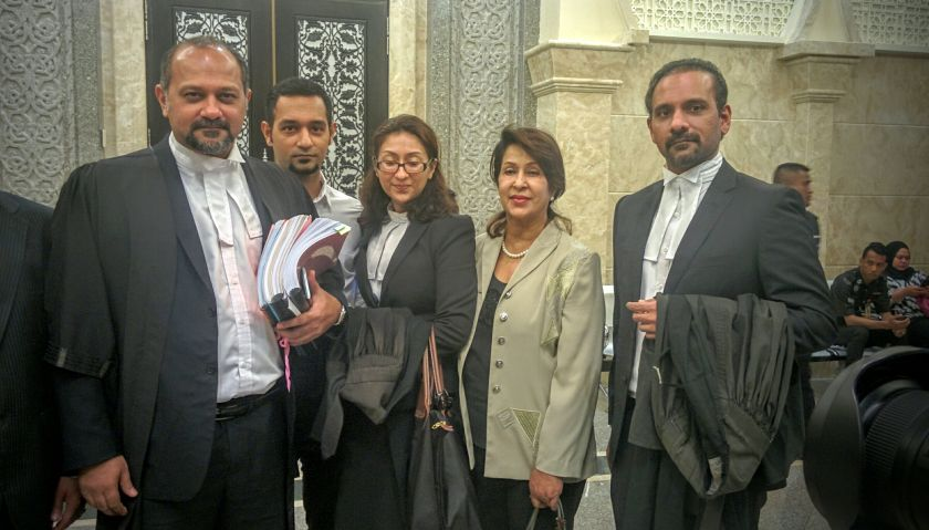 (From left) Karpal's children Puchong MP Gobind Singh Deo, Mankarpal Singh, Sangeet Kaur, Karpal's wife Gurmit Kaur and Bukit Gelugor MP Ramkarpal Singh are pictured at the Court of Appeal earlier today. — Picture by Mayuri Mei Lin