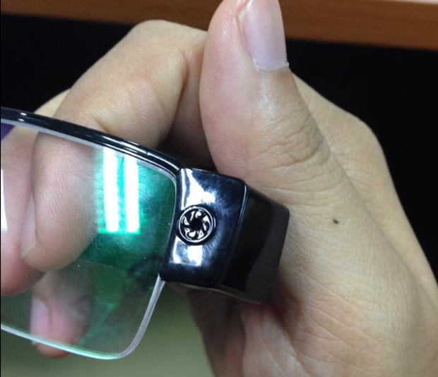 Arthit Ourairat, the director of Rangsit University, posted pictures of the hi-tech cheating equipment on his Facebook page.
