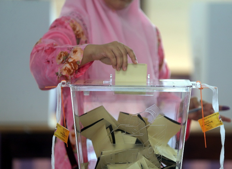 The 14th general election must be called by August next year. — Picture by Farhan Najib Yusoff