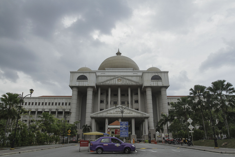 Solicitor General III Datuk Mohamad Hanafiah Zakaria said Section 172B(4) of the Criminal Procedure Code states that any trial shall commence no later than 90 days from the date of an accused being charged. — Picture by Yusof Mat Isa