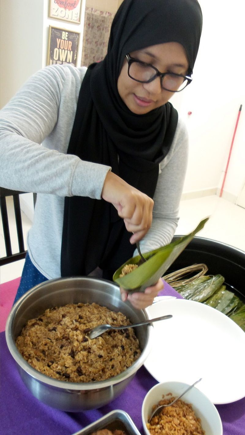 At first, Siti Rafitah only wanted to make the Kuih Chang that were halal to get a taste of the delicacy and never imagined the changes she made in the recipe has created a demand for them. — Bernama pic