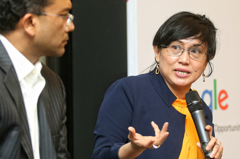 Malaysian Digital Economy Corporation (MDEC) CEO Datuk Yasmin Mahmood speaks at a forum organised by Google Malaysia in Kuala Lumpur July 18, 2016. — Picture by Saw Siow Feng