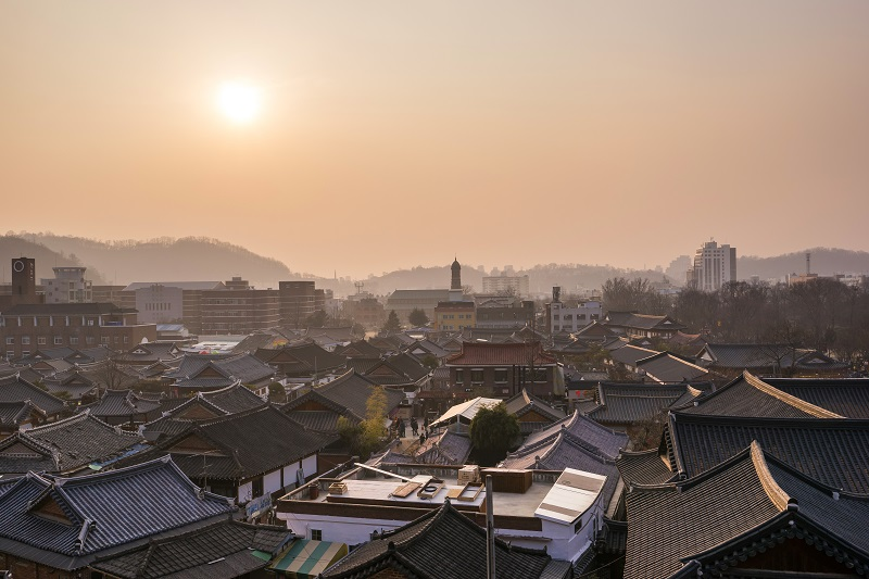 While the rest of city has been industrialised, Jeonju Hanok Village retains its historical charms and traditions.