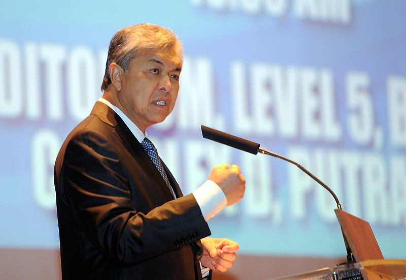 On Sunday, Datuk Seri Ahmad Zahid Hamidi announced some immediate measures to be implemented by the government to alleviate the burden of the urban poor. — Bernama pic