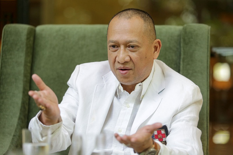 Datuk Seri Nazri Aziz said today Datuk Abdul Karim Rahman Hamzah should have sought clarification on the new federal tourism tax before commenting on it publicly. ― Picture by Choo Choy May