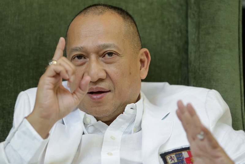 Nazri pointed out that Umno's loyalty is still with the non-Bumiputra BN parties although they have yet to win more seats for the coalition. ― Picture by Choo Choy May