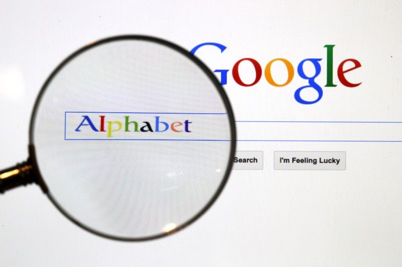 Google said the five most popular eligible search engines in each EU country according to StatCounter, including Google, would be displayed in random order at the top of the screen while up to seven will be shown at the bottom. ― Reuters pic