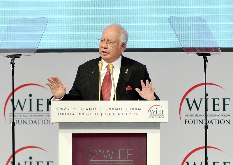 Datuk Seri Najib Razak speaks at the 12th World Islamic Economic Forum in Jakarta, Indonesia, August 2, 2016. ― Bernama pic