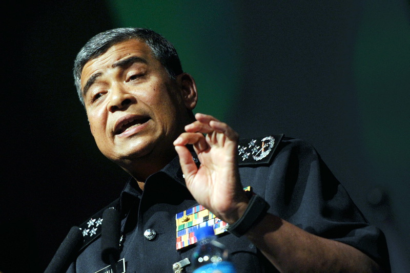 IGP Tan Sri Khalid Abu Bakar (pictured) said Zunar was free to challenge in court his directive barring the cartoonist from travelling abroad. — File pic