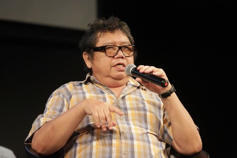 Cartoonist Datuk Mohammad Nor Khalid (Lat) was admitted to the Intensive Care Unit of the hospital this morning for what is believed to be a heart problem. — Picture by Choo Choy May