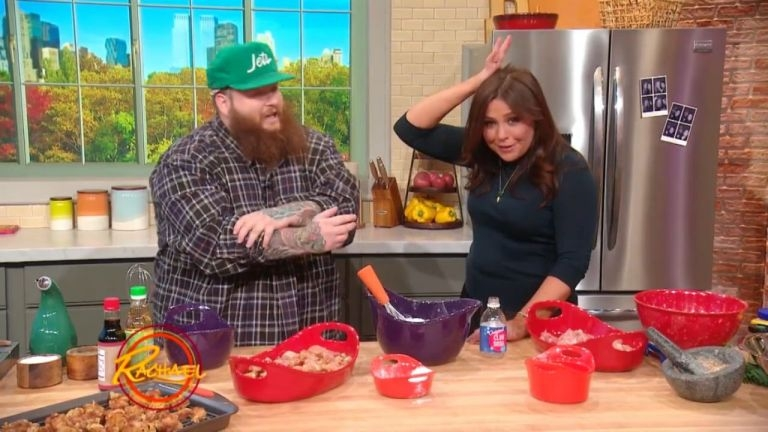 Action Bronson cooks up Explosive Crispy Chicken on the 'Rachel Ray Show'. — Video screengrab from rachelrayshow.com