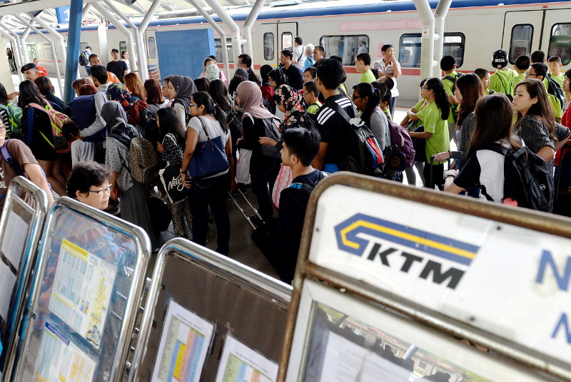 Ab Aziz dismissed claims that railway ticket prices and KTMB services would be affected by the RNAA. — Bernama pic