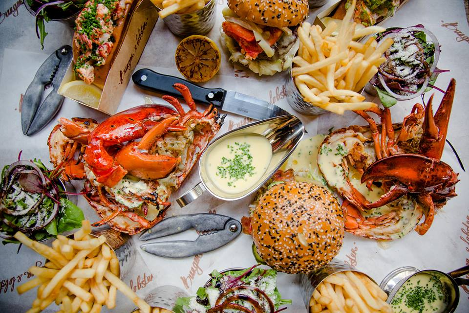 Dine on burgers, lobsters and lobster rolls at the soon to open Burger & Lobster at Resorts World Genting. — Photo courtesy of Burger & Lobster (Pahang, Malaysia)'s Facebook page