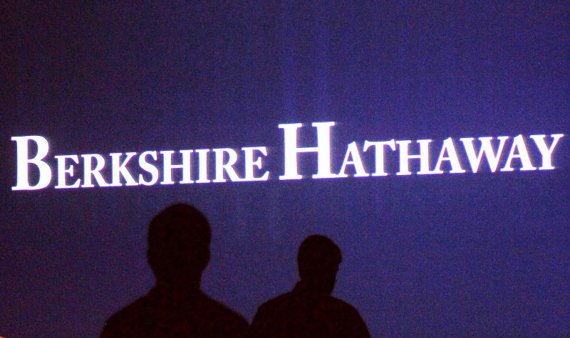 Berkshire Hathaway plans to name Greg Abel as chief executive when the conglomerate's longtime chief, Warren Buffett, eventually exits, CNBC reported today. ― Reuters pic