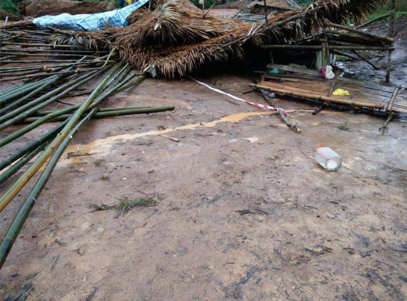 The Kelantan State Forestry Department and the police destroyed the blockade at Simpang Petir yesterday. — Facebook pic/Siti Kasim