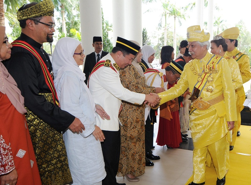 Tuanku Muhriz (right) said the essence of prosperity and stability is peace and harmony. — Bernama pic