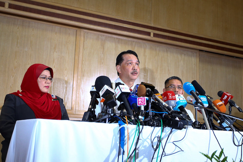 Health director-general Datuk Dr Noor Hisham Abdullah told Malay Mail that others who came into contact with the person are still being screened. — Reuters pic