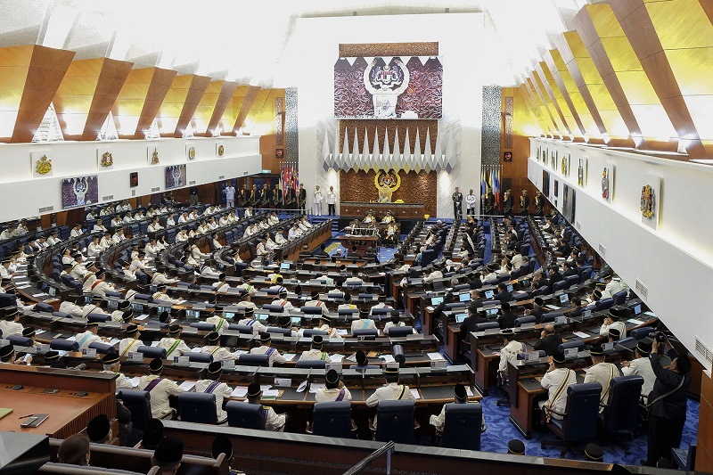 The Syariah Courts (Criminal Jurisdiction) (Amendment) Bill, which was tabled for first reading at the end of the last Parliamentary sitting after Putrajaya paved way for it, could be debated at noon today. — Picture by Yusof Mat Isa