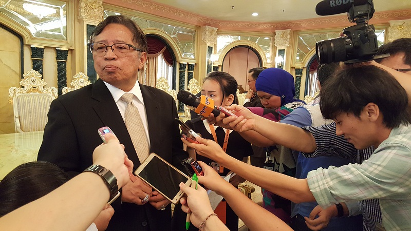 Sarawak Chief Minister Datuk Patinggi Abang Johari Tun Openg says his government recognises the terms 'pemakai menoa' and 'pulau galau' as native customary rights land. — Picture by Sulok Tawie