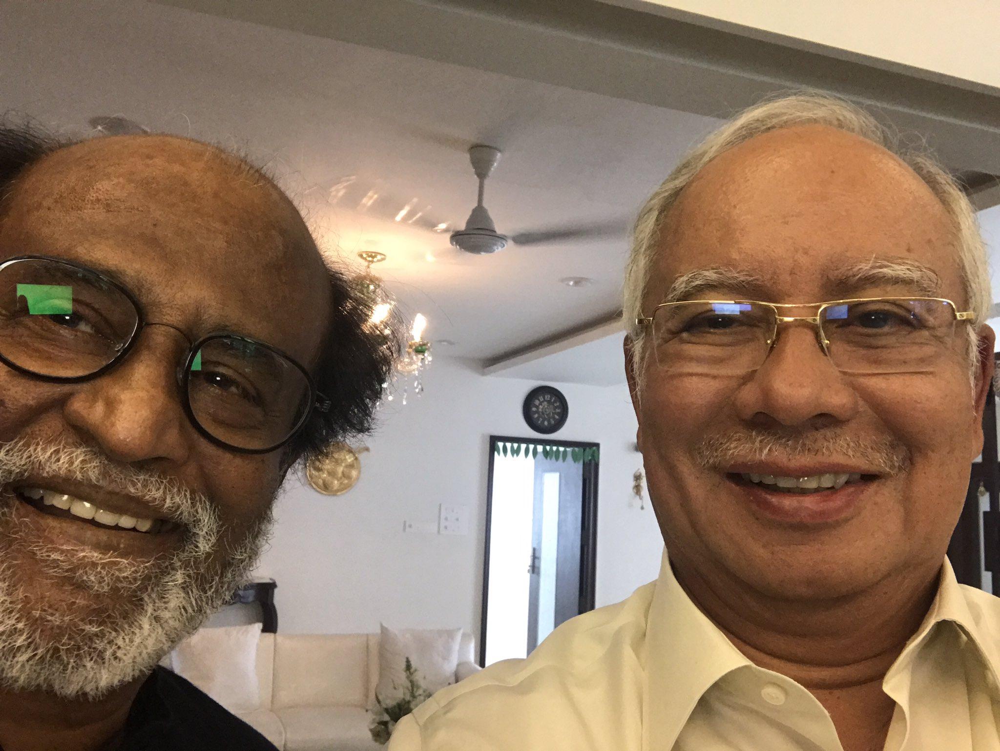 Datuk Seri Najib Razak in a selfie with Rajinikanth. — Picture from twitter.com/@NajibRazak