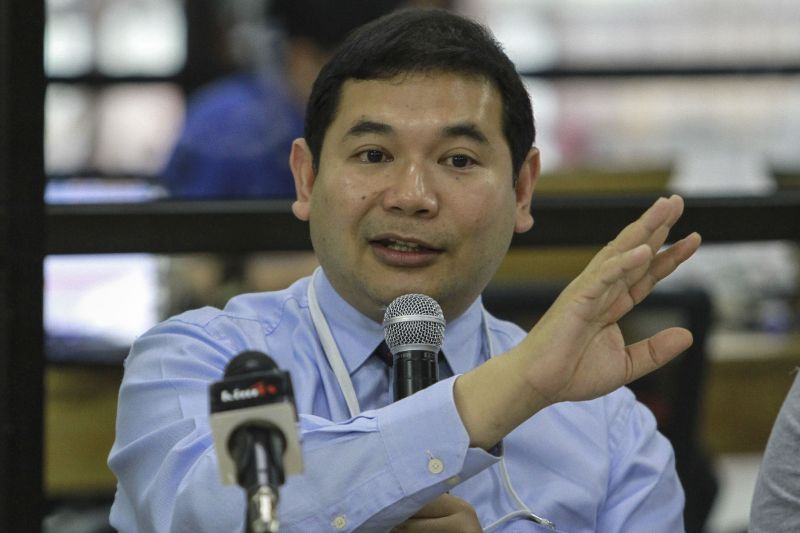 Rafizi Ramli speaks to members of the media during a press conference at the INVOKESpace in Kuala Lumpur March 23, 2017. ― Picture by Yusof Mat Isa
