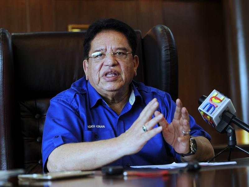 Federal Territories Minister Datuk Seri Tengku Adnan Tengku Mansor advised a woman to dress shabbily in order not to attract public attention. — Bernama file pic