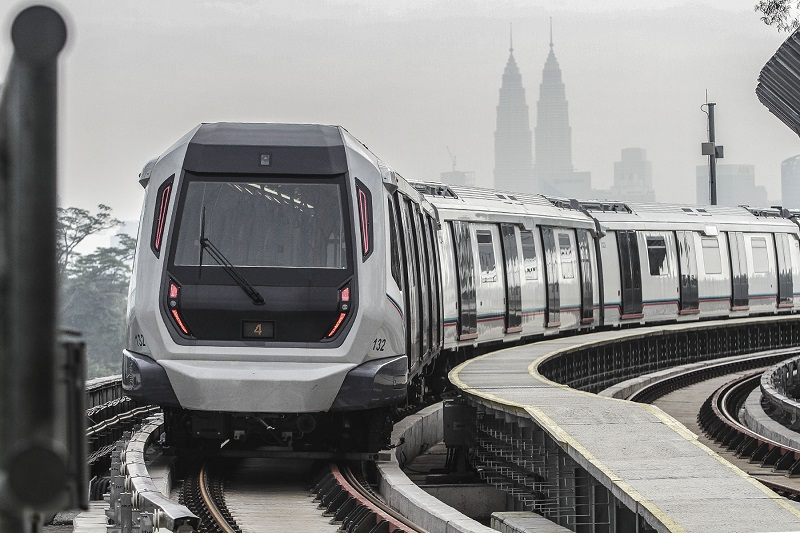 Fitch Solutions Macro Research says the Malaysian government will have difficulty getting the private sector to help fund infrastructure ventures like Klang Valley's MRT project.  — Picture by Yusof Mat Isa