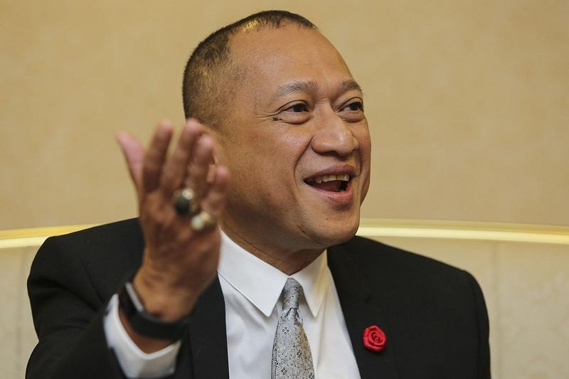 Nazri: Tudung ban for hotel workers discriminatory | Malaysia | Malay Mail