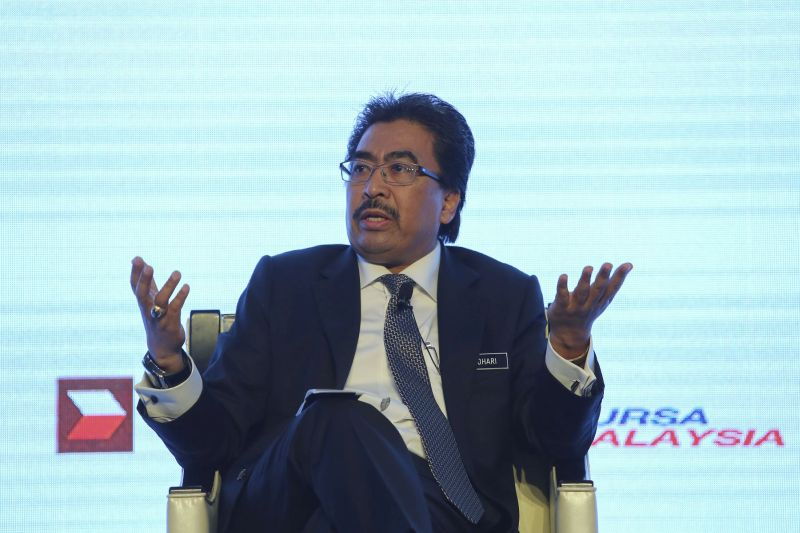 Finance Minister II Datuk Seri Johari Abdul Ghani said the government had never appointed any agents to act as middlemen in transferring unclaimed monies to owners. — File picture by Yusof Mat Isa
