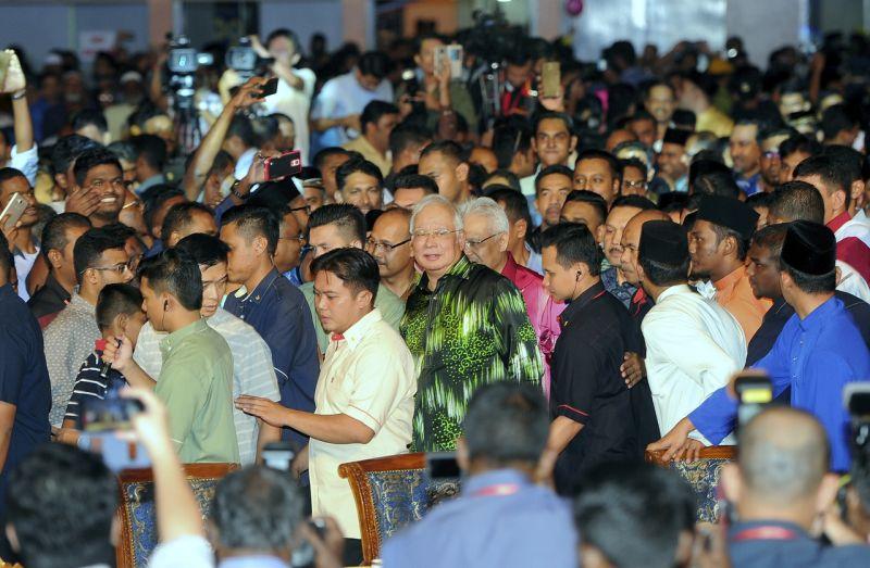 Datuk Seri Najib Razak arrives at the Ministry of Domestic Trade, Co-operatives and Consumerism Aidilfitri do with Malaysian Indian Muslim non-governmental organisations in Kuala Lumpur. ― Bernama pic