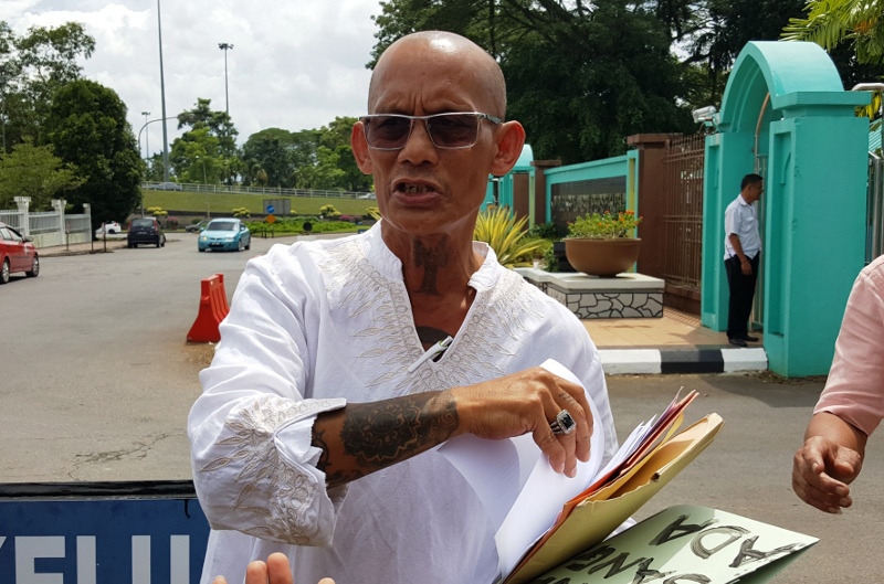 After landmark 'Allah' ruling, Sarawak human rights fighter urges state, Putrajaya to review all religious policies