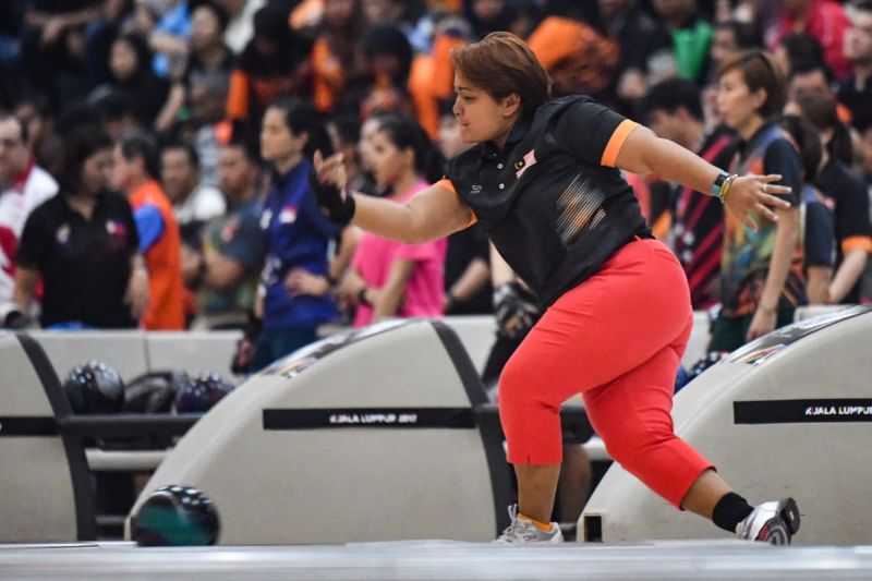 MTBC confirmed that Malaysian tenpin bowling queen and former world champion Shalin Zulkifli has officially bowed out from the national team. — Picture via Twitter/kl2017